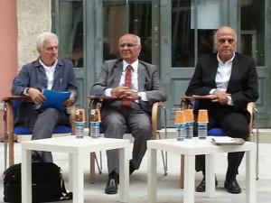 Soldan sağa: Prof.Dr. Cengiz Giritlioğlu, Dr.Y.Müh.(Mimar) Doğan Hasol, Prof.Dr. Hasan Şener