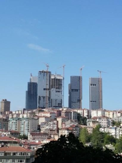 Nişantaşı'ndan Mecidiyeköy'e bakış: Eski Ali Sami Yen Stadı ve Likör Fabrikası arsalarında ölçek dışı kentsel dönüşüm (!)